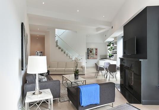 Living room of 295 Davenport - Unit 214